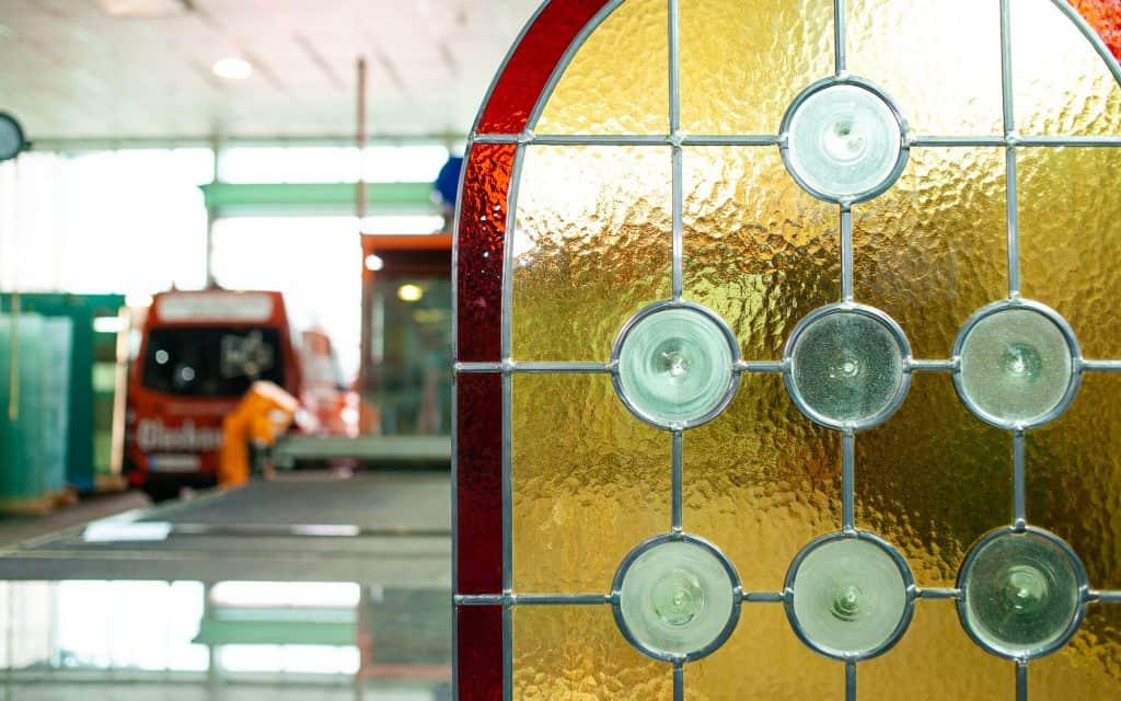 Glasbau Putz Bleiverglasung Kunstverglasung